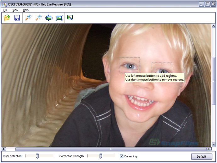 screenshot of Vicman Red Eye Remover