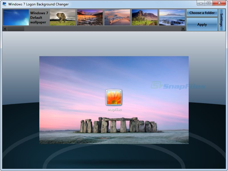 screen capture of Windows 7 Logon Background Changer